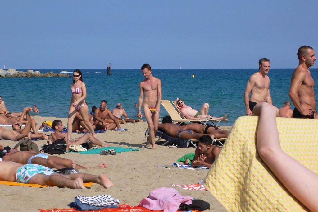Topless Girls Bikini Teens Nudist Wives  Voyeur Nude Beach