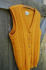 devonette 60s sweater vest | by enhabiten