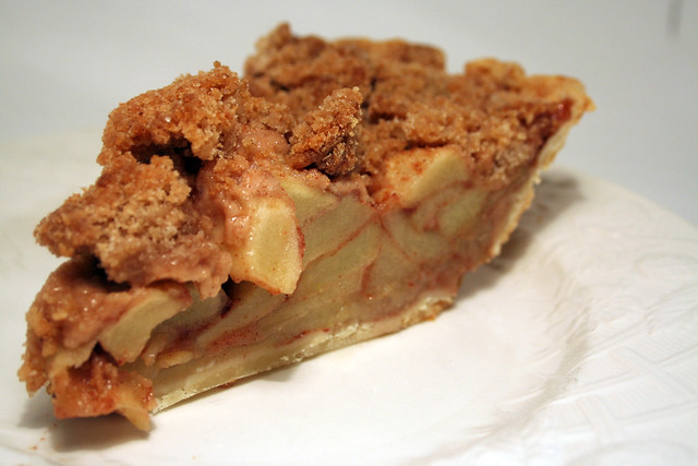 Cinnamon crumble apple pie | Flickr - Photo Sharing!