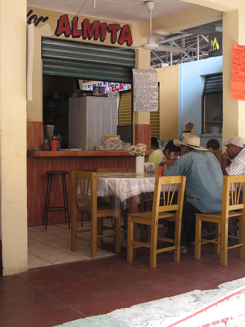 Market comedor puerto escondido mexico flickr photo for 100 beauty salon escondido