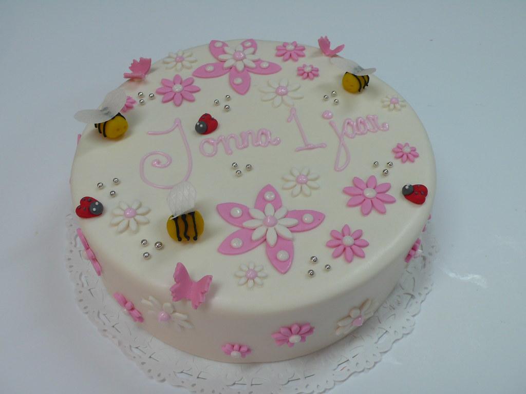 Little Girls 1st Birthday Cake Zoe Elizabeth Gottehrer Flickr