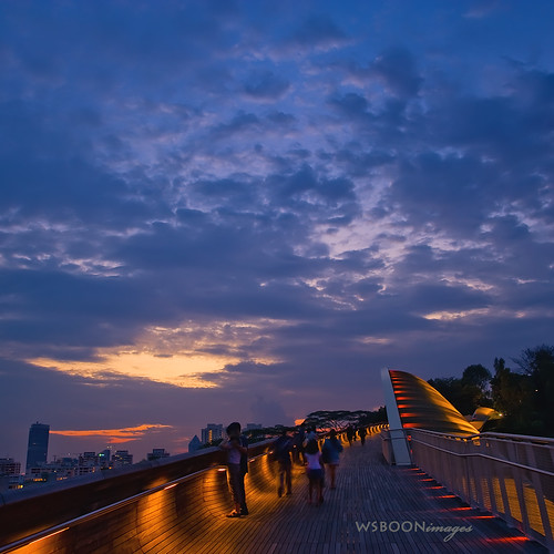 Singapore Cloudy Sunset @ Henderson Wave Bridge | by wsboon