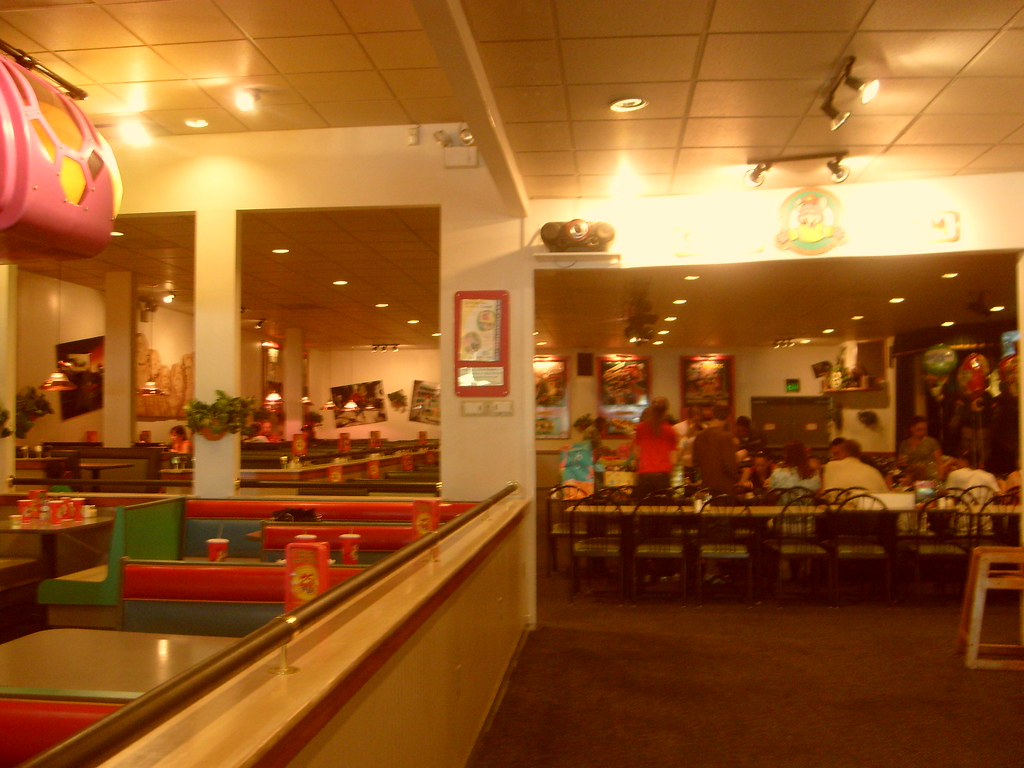 Upon Walkin In A Chuck E Cheese Local To My Dad S Area