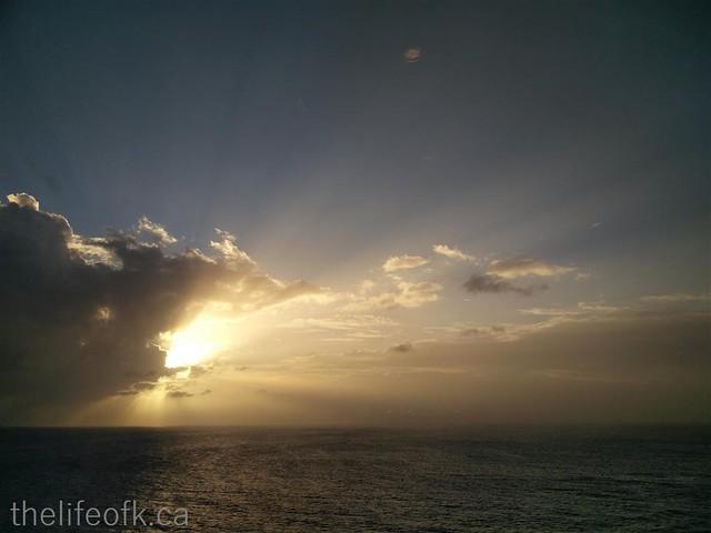 Cruise_SunsetatSea