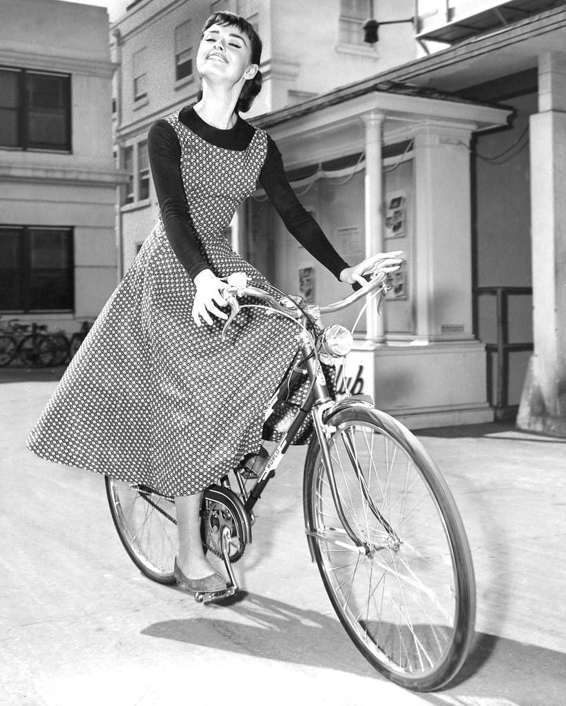 Audrey Hepburn Sabrina Black Dress