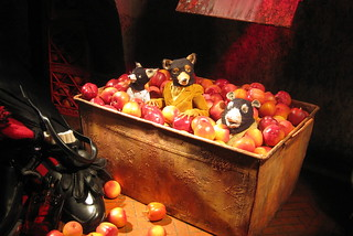 NYC: Bergdorf Goodman's 2009 Holiday window display - Fantastic Mr. Fox The Movie - Bean's Secret Cider Cellar | by wallyg