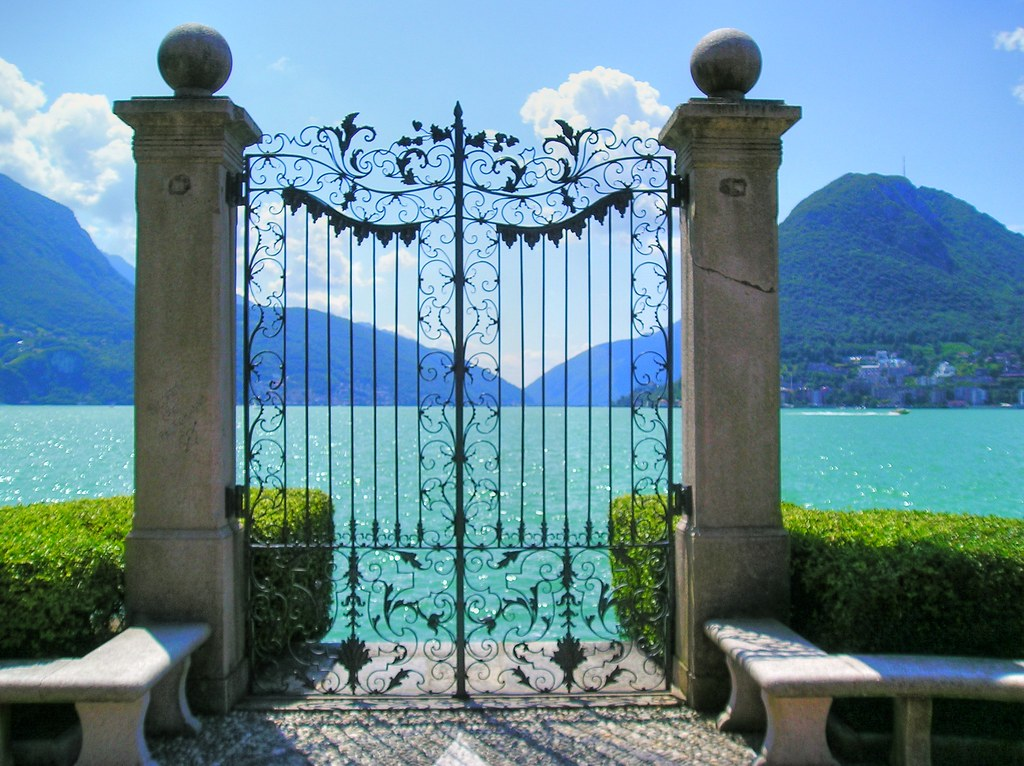 Lago lugano gate to paradise a gate on the promenade in for Beautiful house music