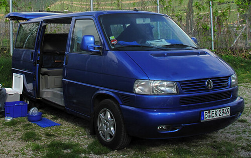 blue vw  multivan stolen  parents blue vw  multivan flickr