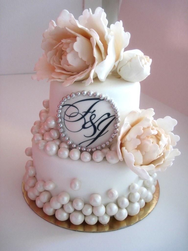 Opeony Wedding Cake White Top Cake With Peonies To Go W Flickr - Peony Wedding Cake