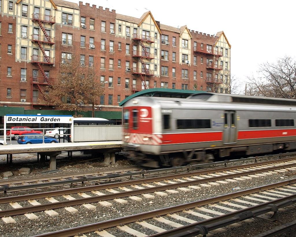 Metro North Train Station New York Botanical Garden Bron Flickr