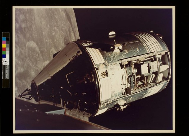 astronaut in orbit 1972 - photo #21