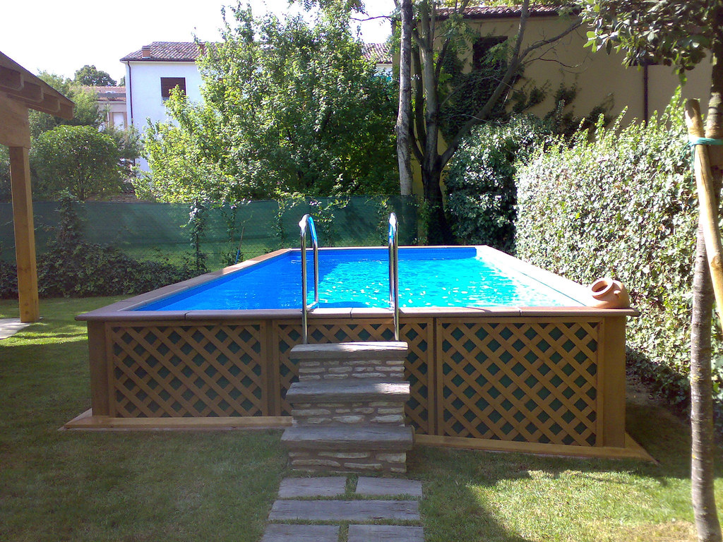 Piscina dolcevita country custom piscina dolcevita for Piscine laghetto