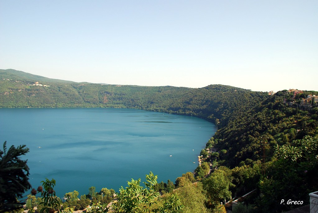 how to get to lago de atitlan from aiprot