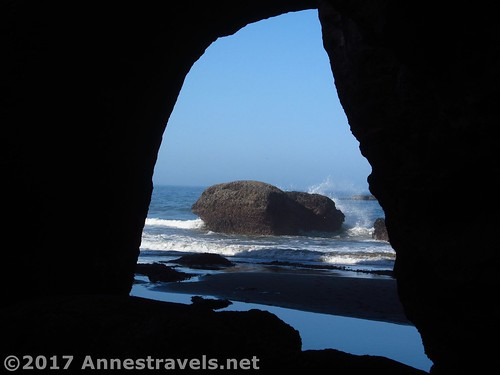The sea arch you don't enter through to get to the Punchbowl, Oregon