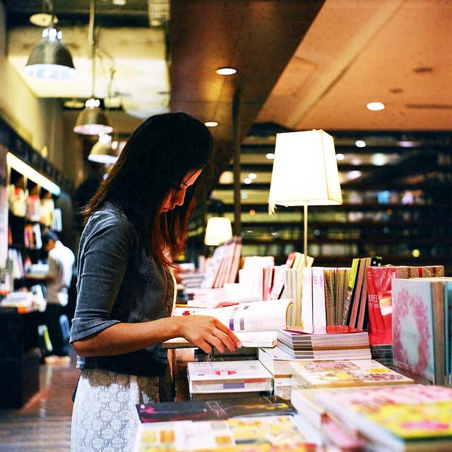 在台中誠品書店拍攝,之前有次活動開放拍攝