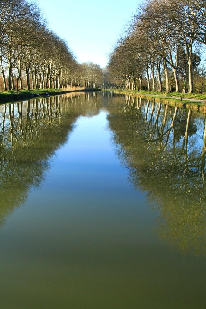 U00c9cluse De Gay Sur Le Canal Du Midi