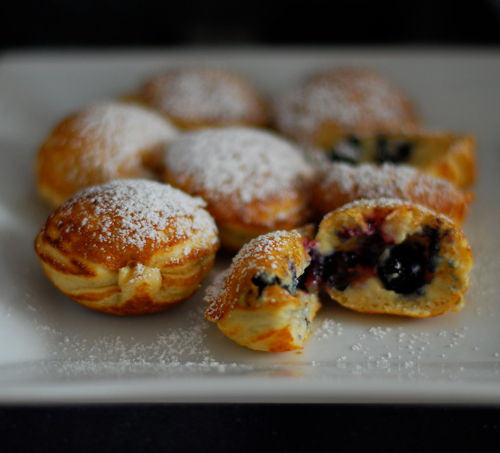 Ebelskivers with blueberries | Just got a new pan from Willi ...