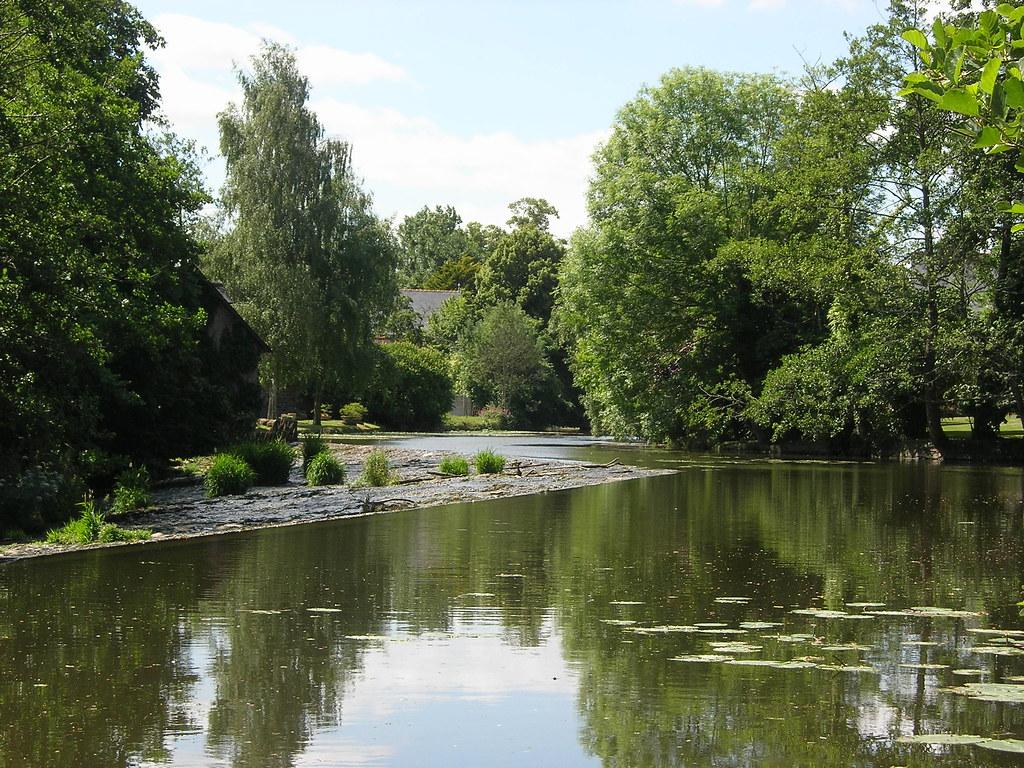 Confluence montfort sur meu vue sur la confluence for Architecte montfort sur meu