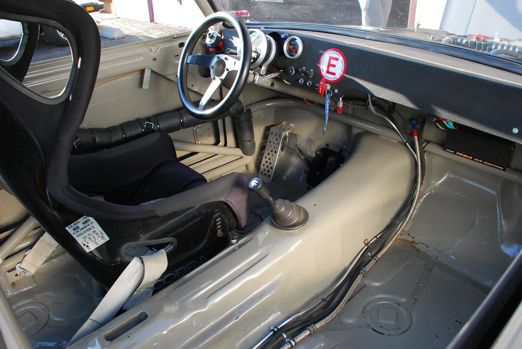 BMW 2002 - VARA | vintage auto racing association @ronin | benlauis ...