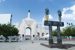 Los Angeles Memorial Coliseum | by Metro - Los Angeles