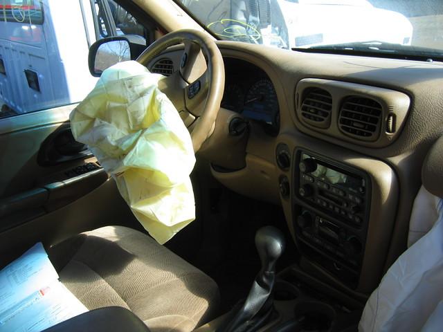 02 Chevy Trailblazer interior -Stock# 0135p9 | 2002 Chevy ...