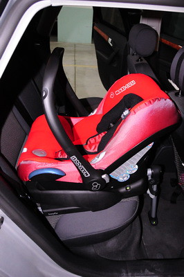 maxi cosi cabriofix isofix car seat 5 gorilla527 flickr. Black Bedroom Furniture Sets. Home Design Ideas