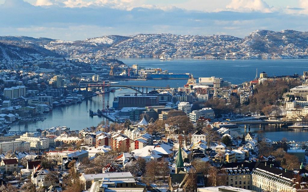 Skyline - Bergen, Norway | The city centre of Bergen ... Desktop Wallpaper