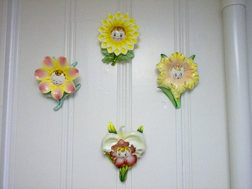 PY Anthropomorphic Flower Face Wall Pockets | by Cathygio