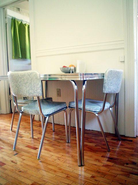 Cb Kitchen Table