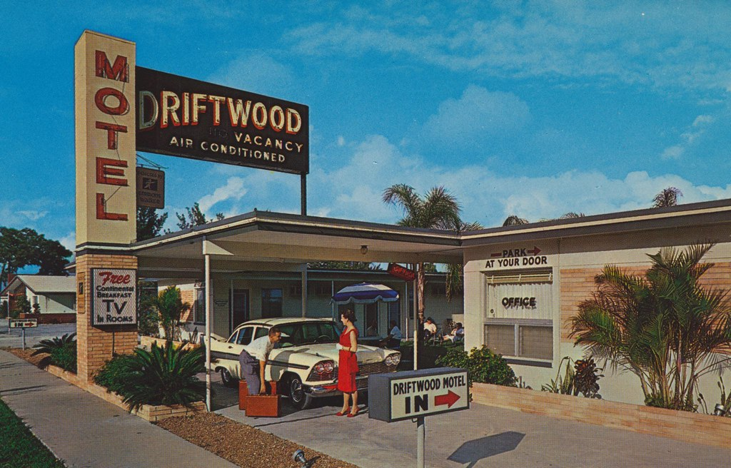 Driftwood Motel - St. Petersburg, Florida