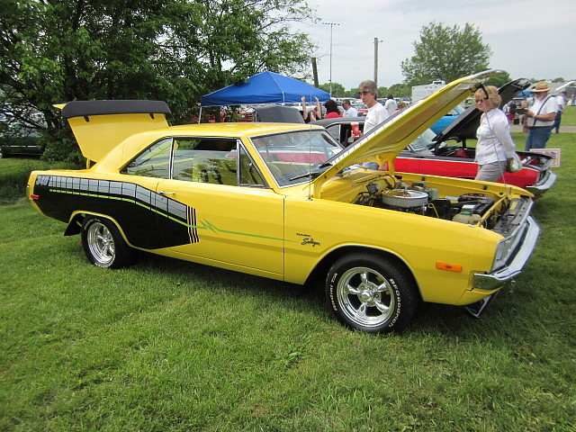 72 dodge dart swinger № 143711