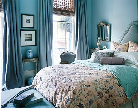 Lovely Blue Bedroom Benjamin Moore Woodlawn Blue Embr