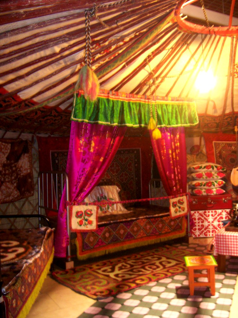 ... London: Inside A Mongolian Yurt | By Stationary Nomads
