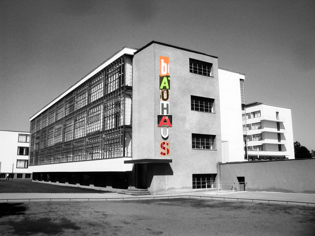 Bauhaus anonimo staatliches bauhaus help info was a for Staatliches bauhaus