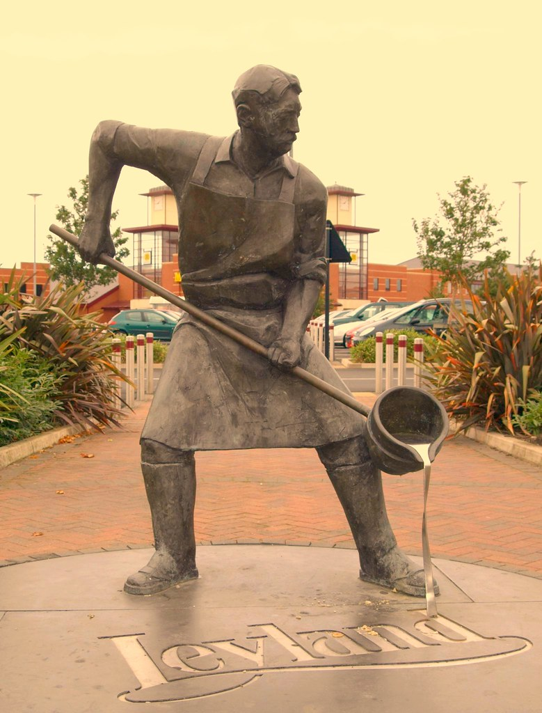 Foundry Man Statue In Leyland Life Size Bronze Statue