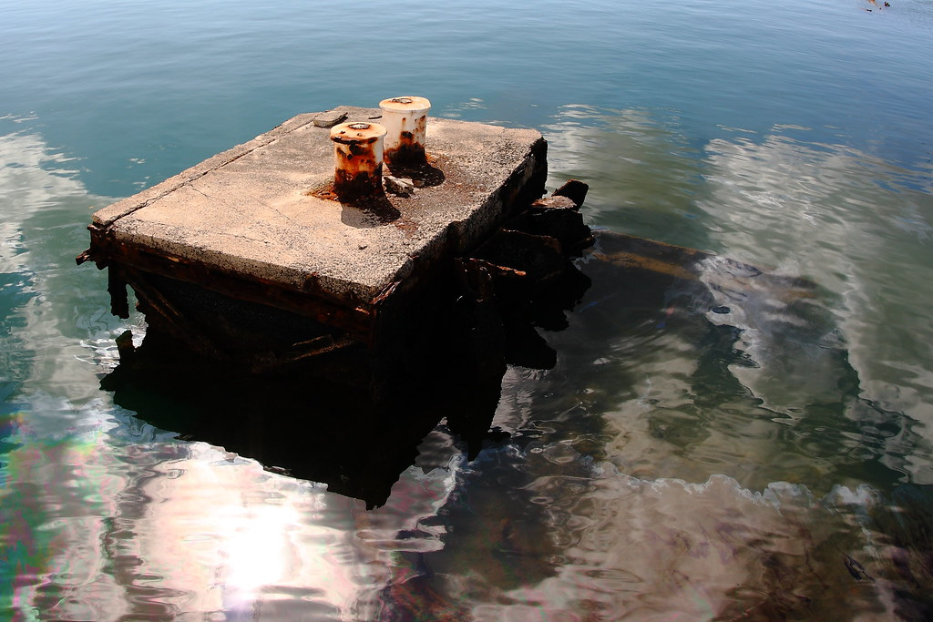 Images Of Pearl Harbor Day >> Remains of the USS Arizona   USS Arizona (BB-39) was a Penns…   Flickr