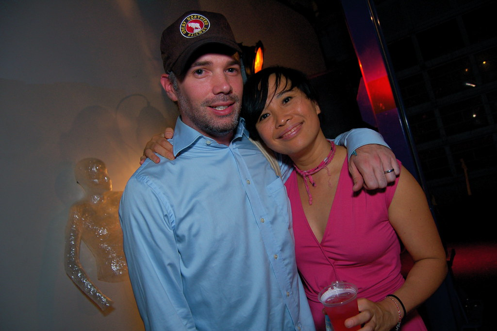 buck 65 online dating Blackscenecom is a relatively new black dating site for black singles looking to date and chat registration is free of charge blackscenecom,blackscenecom.