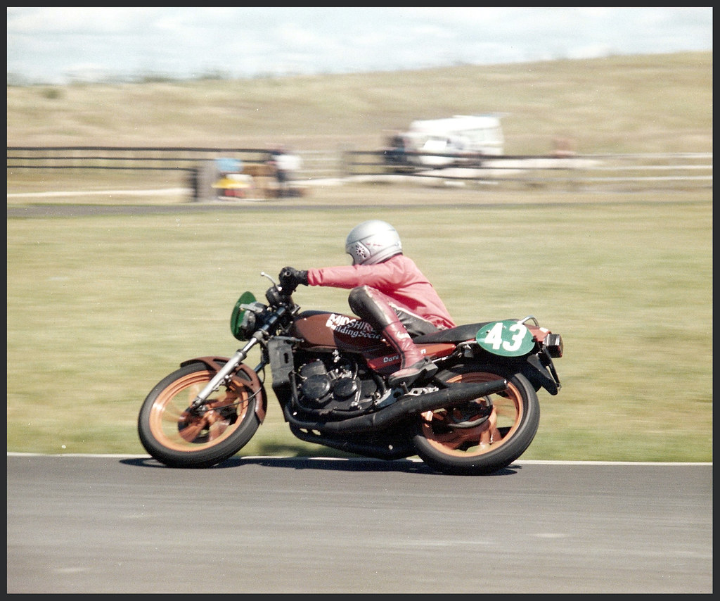me on yamaha rd 250 lc proddie racer top photo by filfy. Black Bedroom Furniture Sets. Home Design Ideas