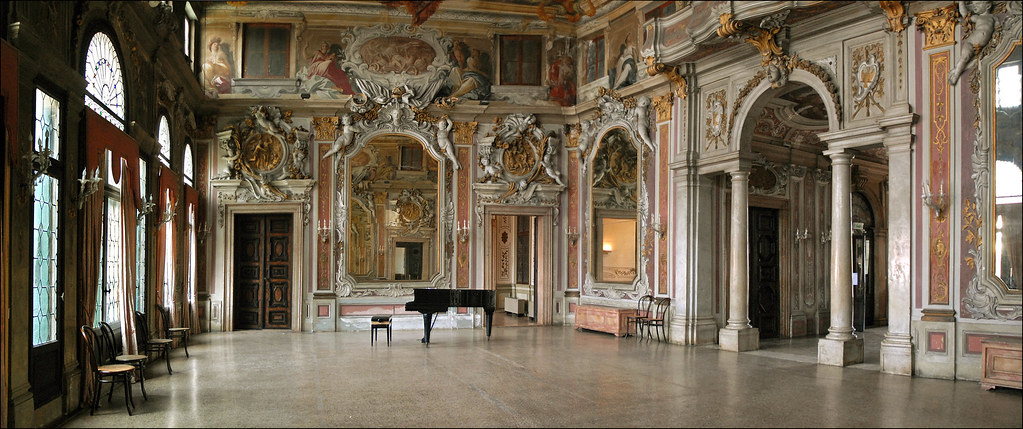La Salle College >> La salle de bal du palais Zenobio (Venise) | Le palais Zenob… | Flickr