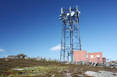 Telecommunications mast on top of Mount Blair | by Shandchem