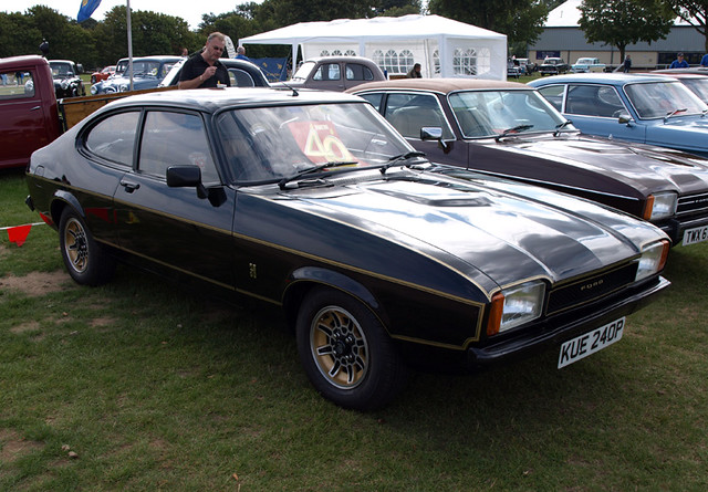 1975 76 ford capri s mk2 a healthy number of mk2s on displ flickr. Black Bedroom Furniture Sets. Home Design Ideas