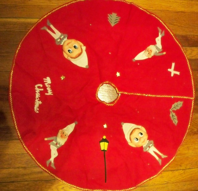 Vintage Pixie Christmas tree skirt | I saw this at an antiqu… | Flickr