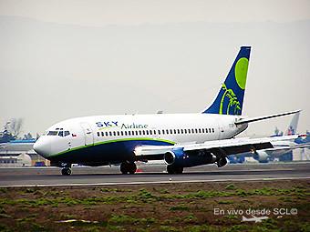 Sky B737-200 Adv. landing SCL (RD)