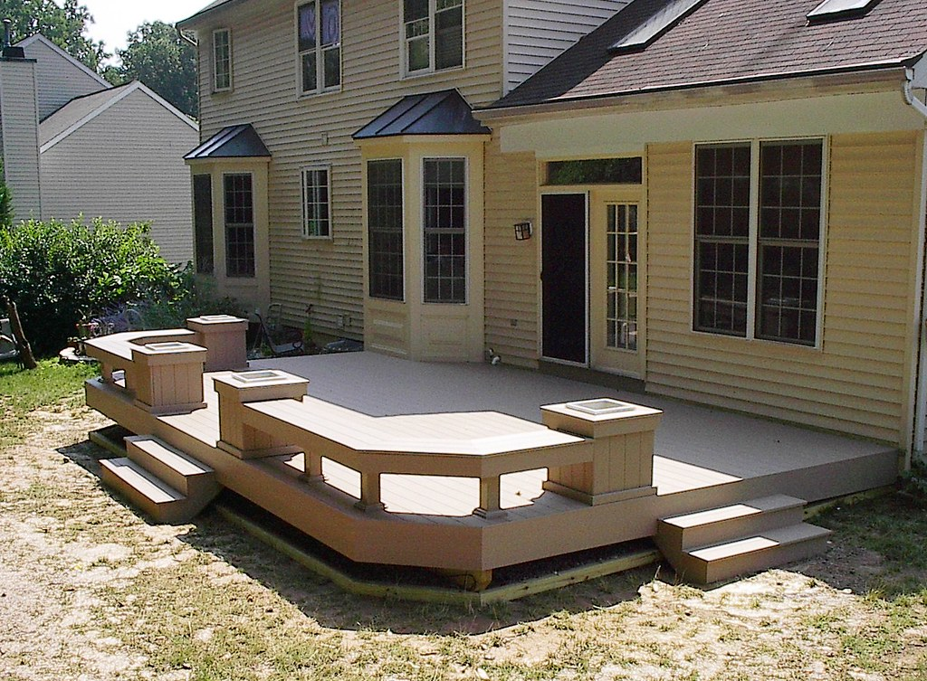 Custom Deck With Built In Benches And Planter Boxes Flickr