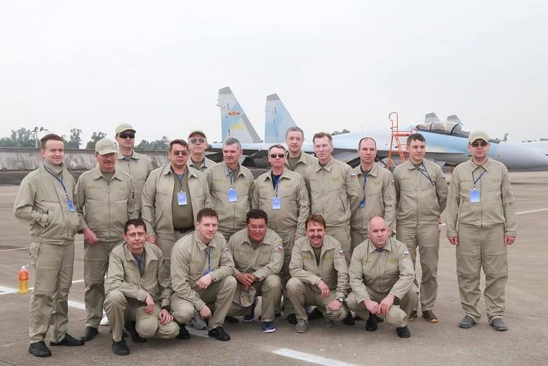 Первое качественное фото поставленных Китаю Су-35