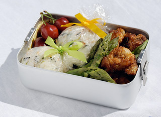 Chicken karaage lollipops and gift-wrapped onigiri bento | by maki