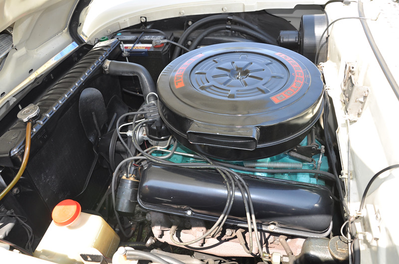 1958 Ford Fairlane 500 Skyliner with retractable hardtop ...
