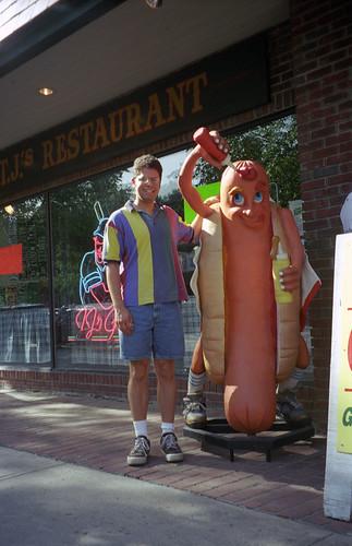 Hot Dog Giant