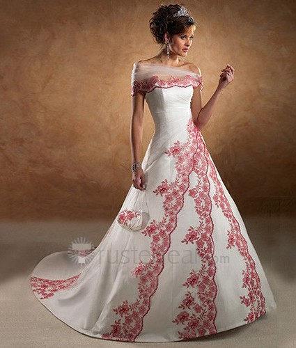 Wedding gown with embroidery very special colored for Wedding dresses in color