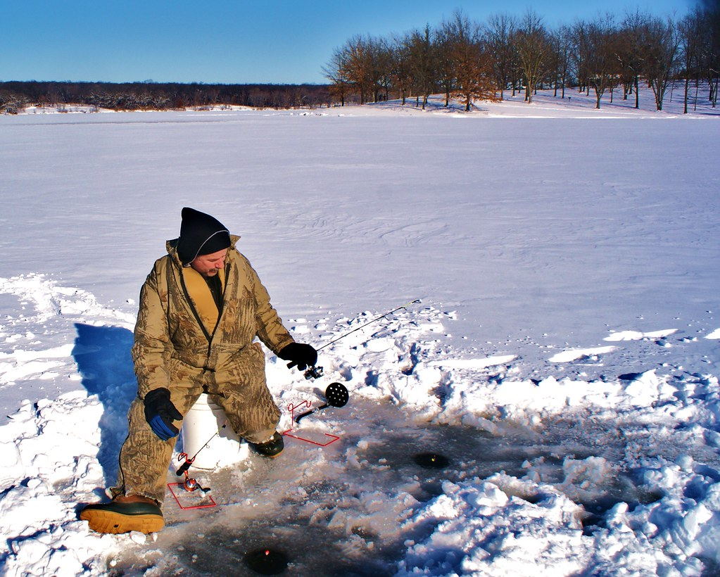 Best seat on the lake ice fishing in rock cut state park for Illinois ice fishing reports